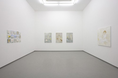 *5 installation view from [ Sweet and Desserts ] at Gallery2, Tomio Koyama Gallery, 2010 ©Masahiko Kuwahara
