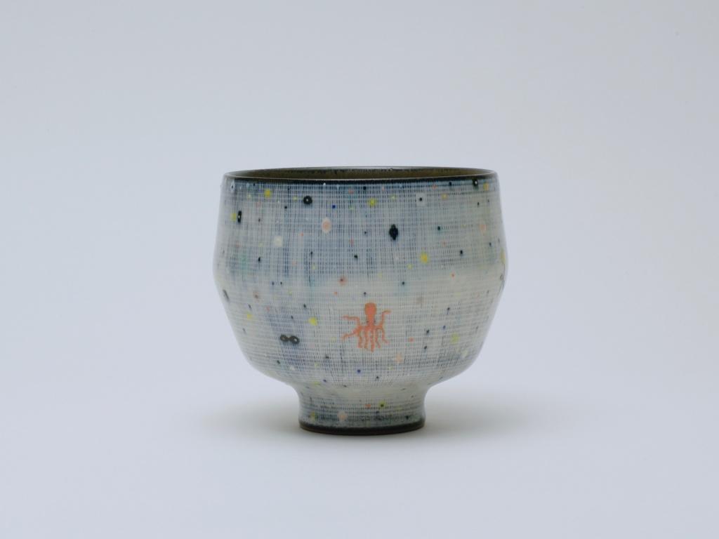 生物無生物茶碗  Living Things-Lifeless Things Tea Bowl 2016  ceramic h. 8.3 × φ 9.2 cm ©Shohei Fujita